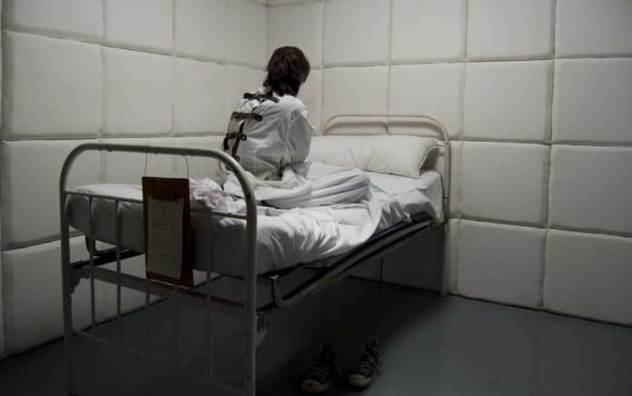 Mistaken Identity Lands Man in Mental Institution for 2 Years