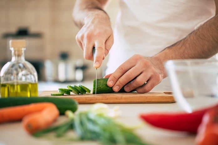 Chef Dies After Rare Ingredient Bites Him